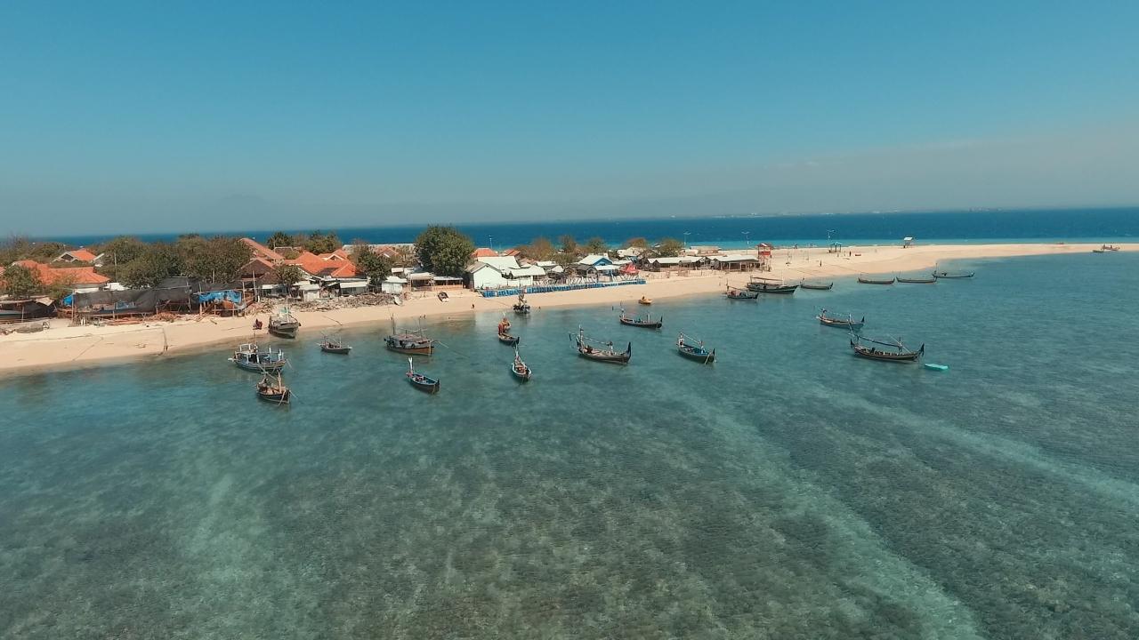 Pantai Gili ketapang